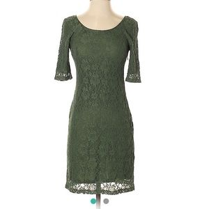 Banana Republic body-con lace olive green dress